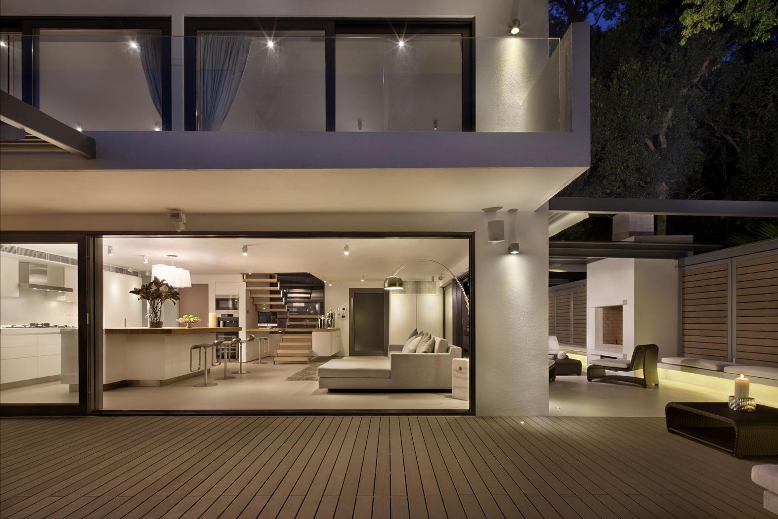 Casa Bosques - Architecture